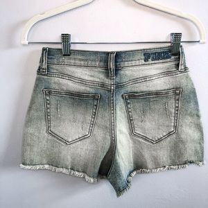 Pink Victoria's Secret frayed jean shorts size 2